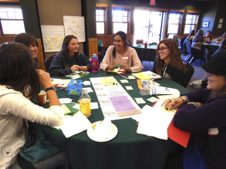 Students engage in the Earth Science Women's Network.