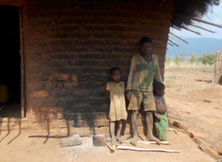 A child-headed home In Machinga, Malawi, 2013.